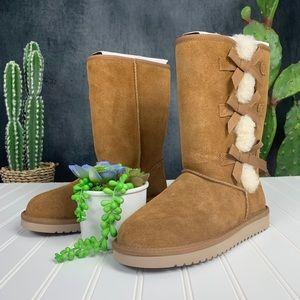 🆕 Ugg Koolaburra Victoria Tall Boot Chestnut S412